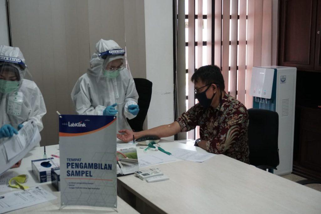 Rapid Test di lingkungan Perusahaan PT JNK Terkait Identifikasi dan Pencegahan Penyebaran Covid – 19